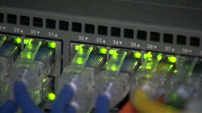 Россия усиливает контроль над интернетом