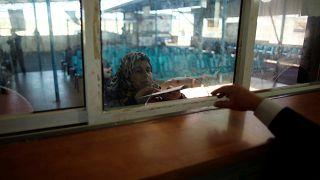 السلطة الفلسطينية تتسلم السيطرة على معابر غزة من حماس