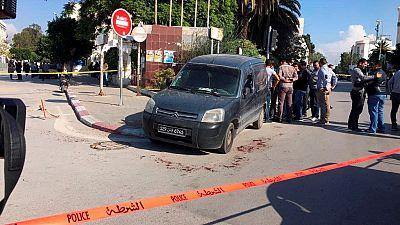 Deux policiers tunisiens poignardés devant le Parlement, l'assaillant arrêté
