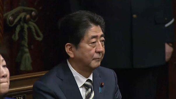 Agora o reeleito Shinzo Abe vai ocupar-se da Coreia do Norte
