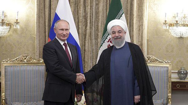 Putin em visita de trabalho no Irão com Azerbaijão também à mesa