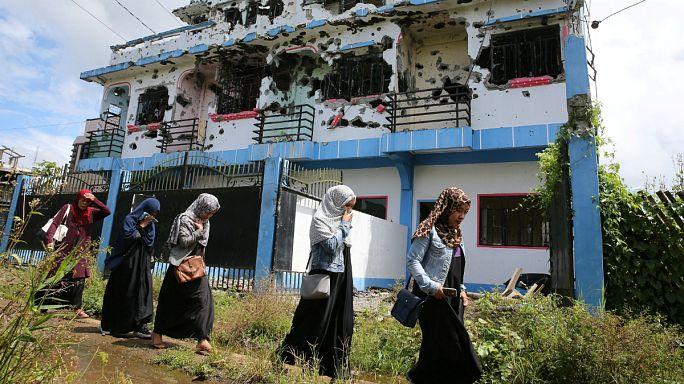 اعتقال قوات الأمن الفلبينية اندونيسيا بتهمة تأييد الإسلاميين في مراوي