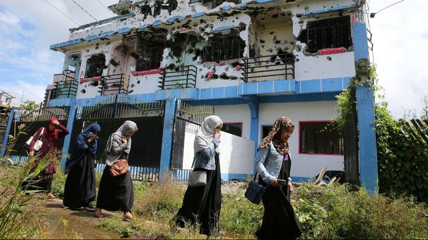 Philippinen: Nach 1.100 Toten - Rückkehr in eine völlig zerstörte Stadt