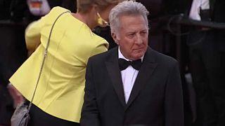 Bocsánatot kért Dustin Hoffman