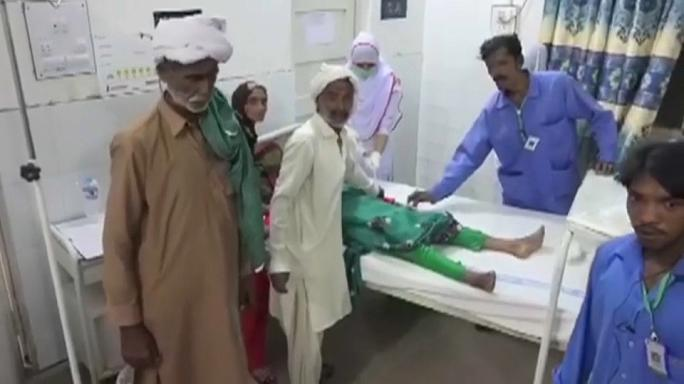 Vergiftete Milch: Frau in Pakistan tötet 17 Menschen nach Zwangsheirat