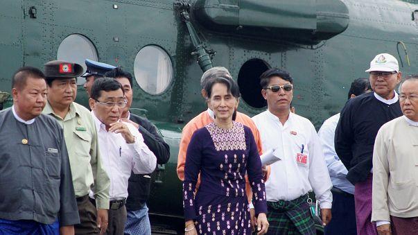Suu Kyi no epicentro da violência anti-Ronhingya