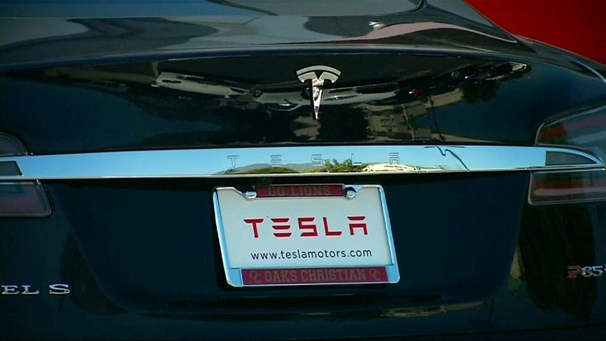 Csúcson a Tesla vesztsége
