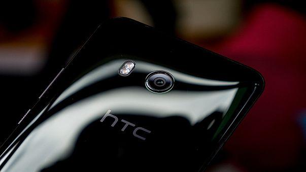"""تعرف على هاتف HTC الجديد """"يو 11 بلاس"""""""