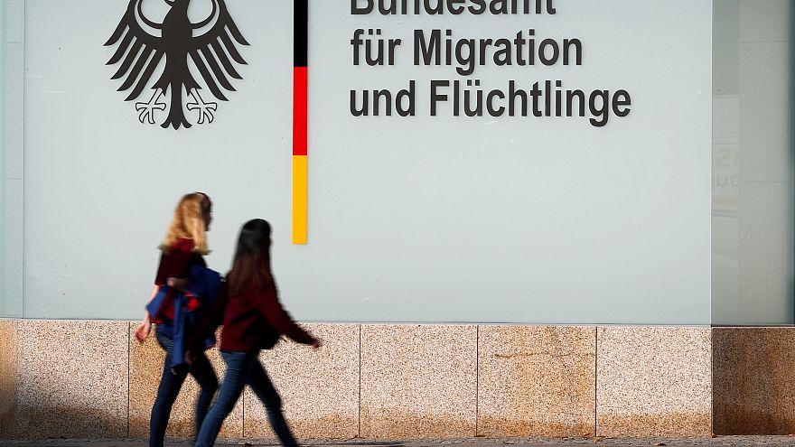 Desaparecidos 30.000 solicitantes de asilo en Alemania