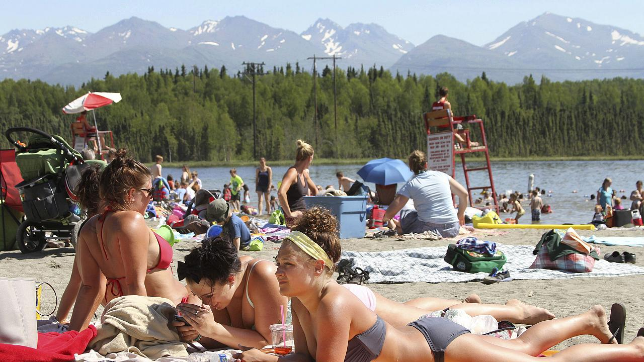 Baked Alaska: Record-high temperatures expected during 'unusual' heat wave