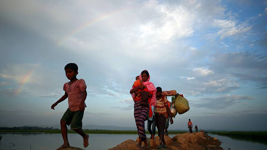 Rohingya Muslims continue to flee Myanmar