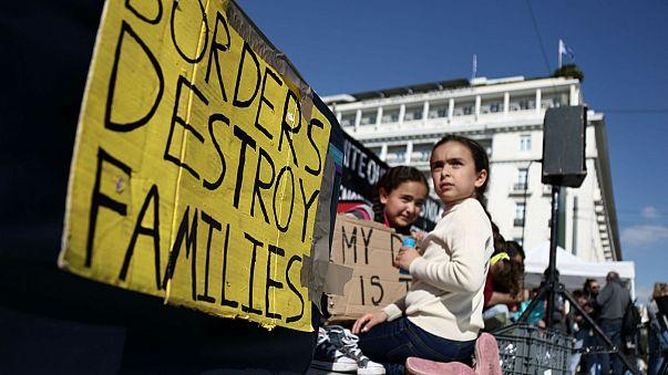 Atenas: Refugiados em greve de fome pedem reagrupamento familiar