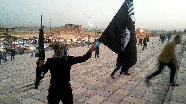 داعش بیش از ۷۰۰ غیرنظامی را در موصل اعدام کرده است