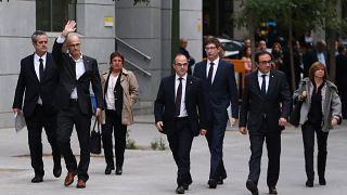 Στη φυλακή 8 καθαιρεθέντες υπουργοί της Καταλονίας