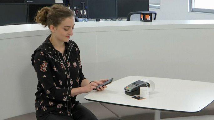La banca a portata di smartphone. E i dati?