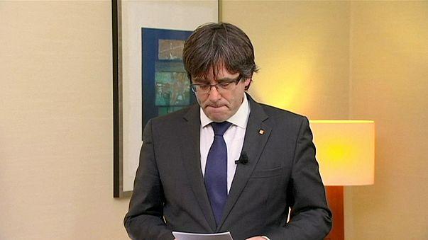 """A """"politikai elnyomás"""" végét követeli Puigdemont"""