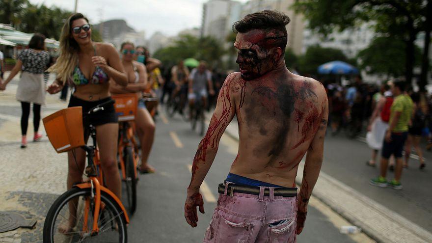 بالفيديو: الزومبي يجتاحون شوارع ريو دي جانيرو البرازيلية