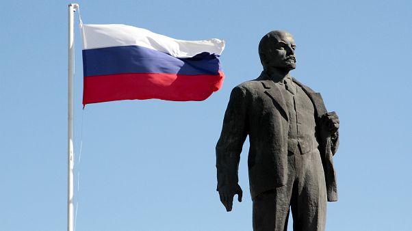 Marad-e Lenin a Vörös téri mauzóleumban?
