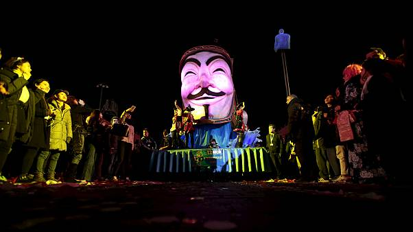 "Activist group Anonymous calls for ""lulz and resistance"" this November 5"
