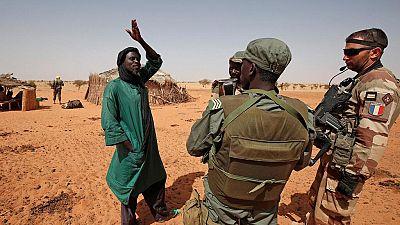 11 soldats tués par un raid de l'armée française — Mali