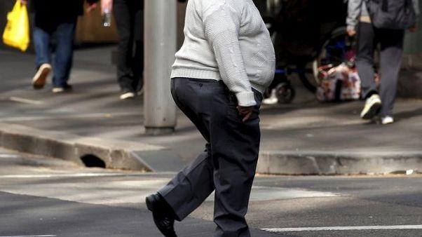 ملايين البشر يعانون سوء التغذية أو السمنة