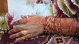 """إجبار فتاة باكستانية على السير عارية بزعم """"استعادة شرف العائلة"""""""