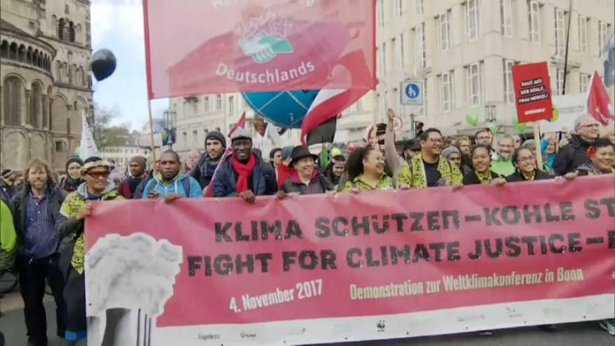 Demonstrationen vor COP23 in Bonn