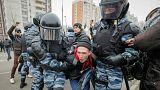 Rusya'da yürüyüş yapan milliyetçiler gözaltına alındı