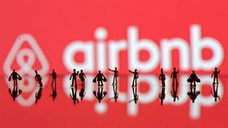 Ελλάδα: Σύντομα ηλεκτρονική πλατφόρμα για όσους ενοικιάζουν ακίνητα μέσω Airbnb