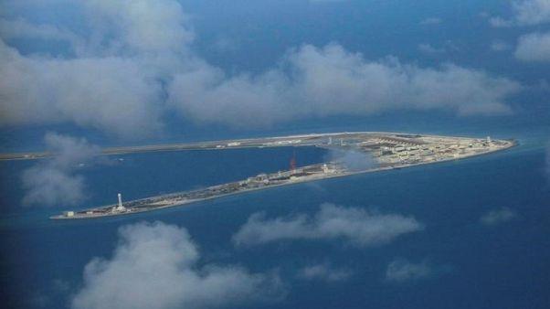 بكين تختبر سفينة تجريف في بحر الصين الجنوبي