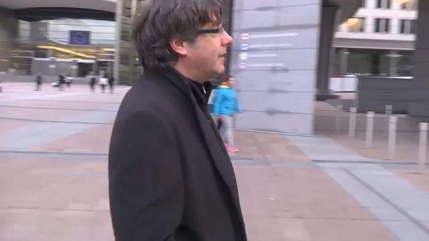 El juez deja en libertad a Puigdemont y los cuatro exconsellers con obligación de permanecer en Bélgica
