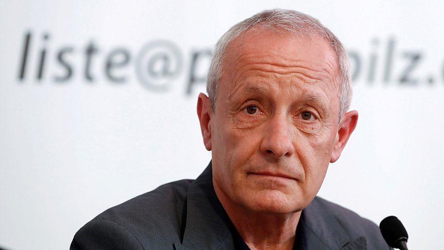 Zaklatás vádja miatt lemondott egy osztrák politikus