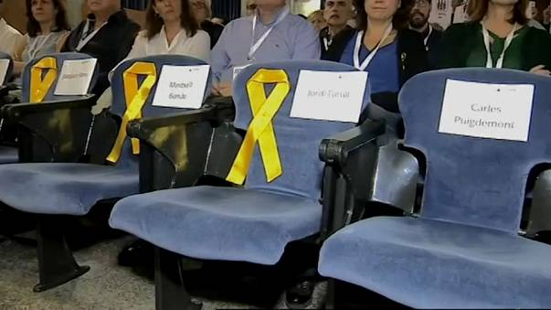 Puigdemont bleibt Parteichef und soll für Wahlsieg sorgen