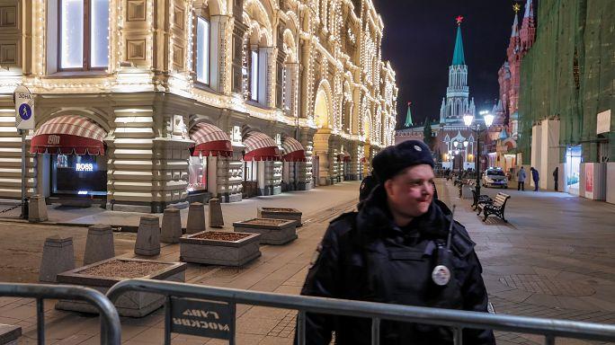 Bomb threats force evacuation of Moscow landmarks