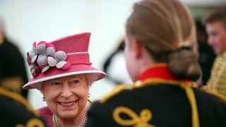 Paradise papers : Elisabeth II aurait plus de 11 millions d'euros dans des paradis fiscaux