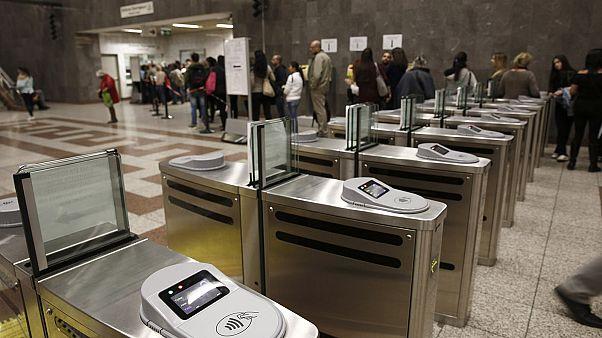 Ελλάδα: Ηλεκτρονικά διόδια και πληρωμή με το...χιλιόμετρο!