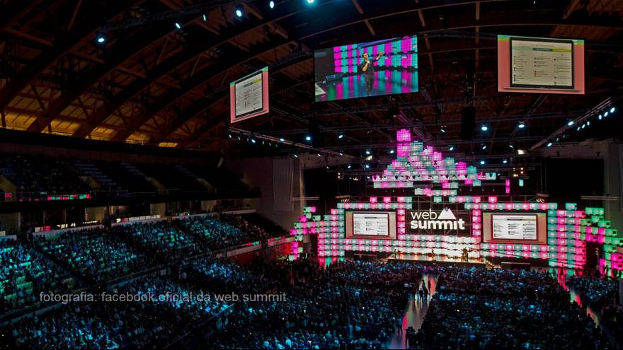 Guterres no arranque da Web Summit com Hollande e Al Gore a seguir