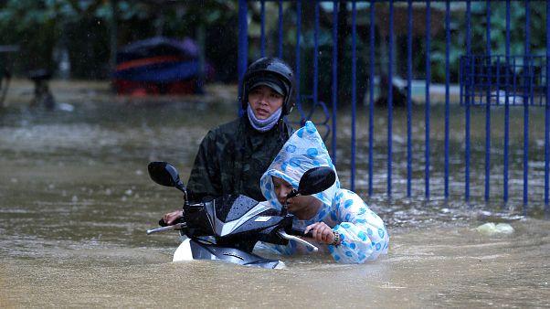 Un tifón deja más de 60 muertos en Vietnam