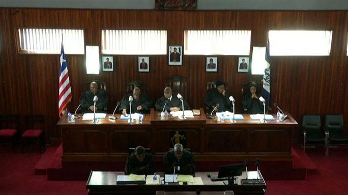 Liberya'da seçimlerin ikinci turu askıya alındı