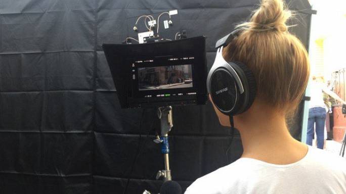 Şarkıcı Sia, satılmaya çalışılan çıplak fotoğrafını paylaştı