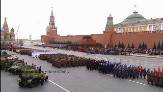 В Москве прошел парад как в сорок первом