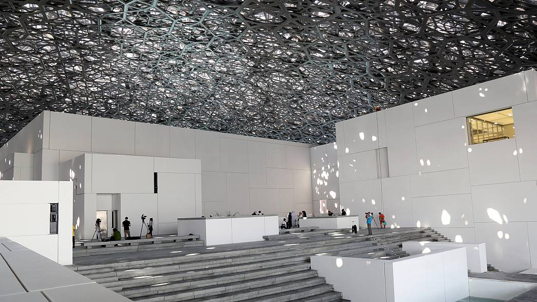 Louvre chega a Abu Dhabi