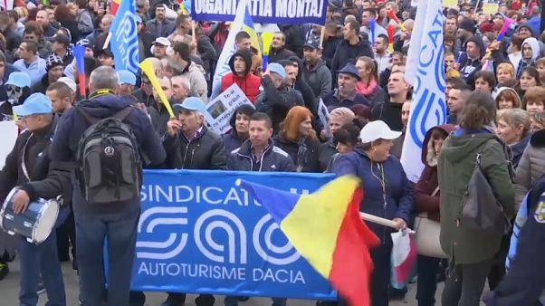 Ρουμανία: Δυναμική διαδήλωση των εργαζομένων της Dacia