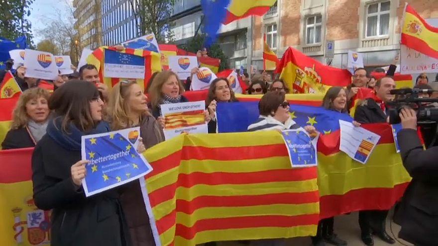 Bruxelas recebe protesto contra visita de catalães