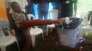 Kenyan voter without arms gets over $20,000 support from President Kenyatta