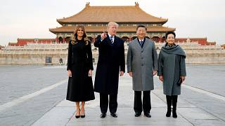 Trump visita China com comércio e Coreia do Norte na agenda