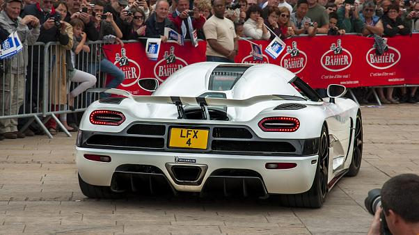 'Dünyanın en hızlı otomobili' unvanı el değiştirdi
