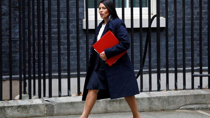 وزيرة بريطانية معرضة للعزل بسبب لقاءات سرية مع مسؤولين إسرائيليين
