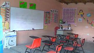 El narco echa el candado a cientos de escuelas en México