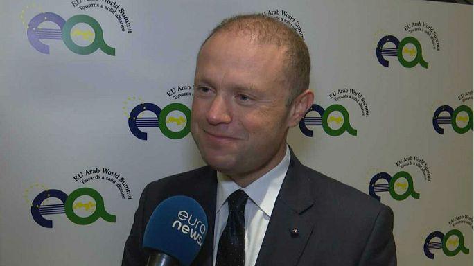 """Paradise Paper: Muscat a euronews """"Malta non è un paradiso fiscale"""""""